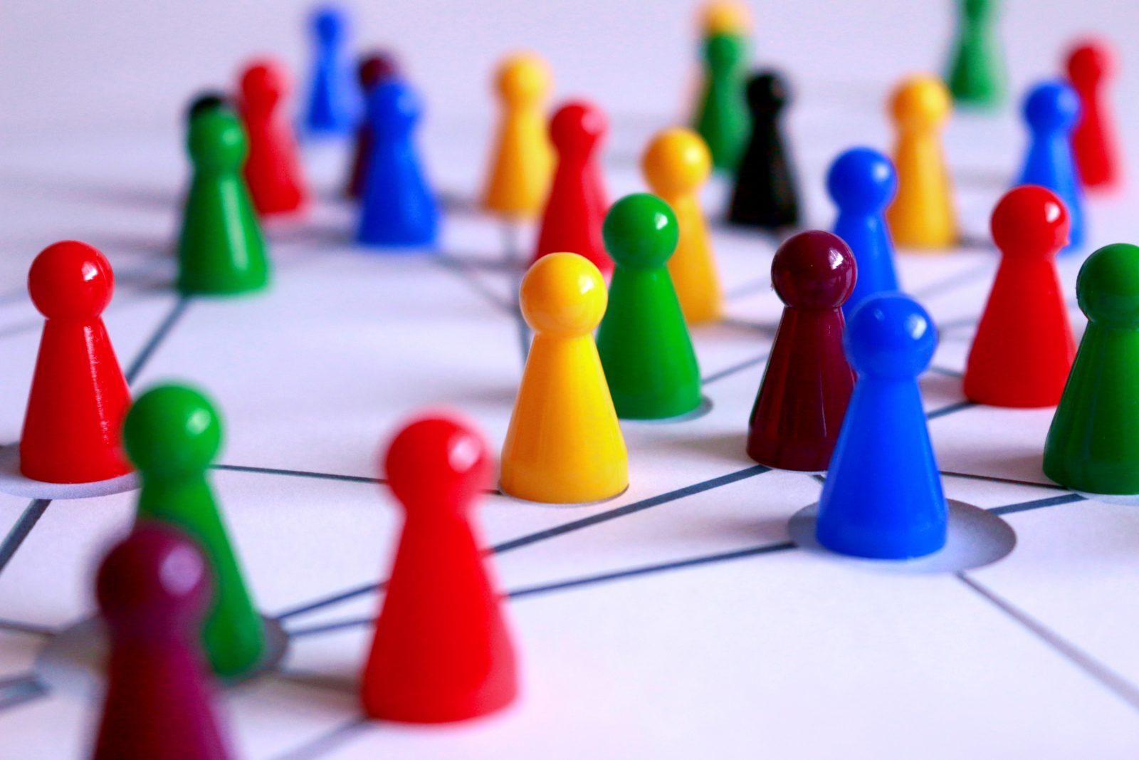 Consulente commerciale o società di ricerca clienti attiva?